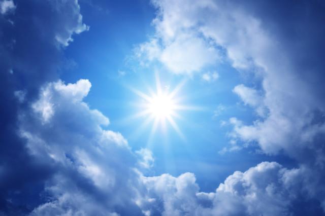 shutterstock_star-sun in blue sky